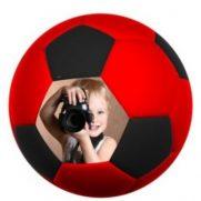 Fußballkissen schwarz/rot bedruckt Kind Fotograf
