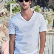 Fashion V-Neck Sof Tee T-ShirFashion V-Neck Sof Tee T-Shirt Baumwolle unbedruckt Weiß junger Mann